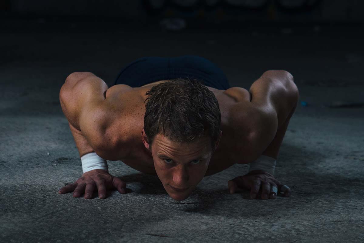 pushing-up-sportsman