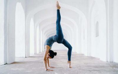 Handstands In Yoga Vs Gymnastics (Comparison)